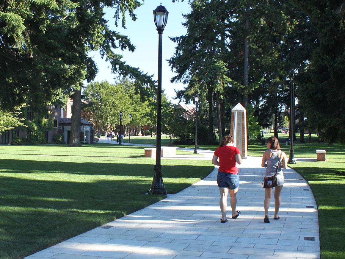 University of Puget Sound Commencement Walk